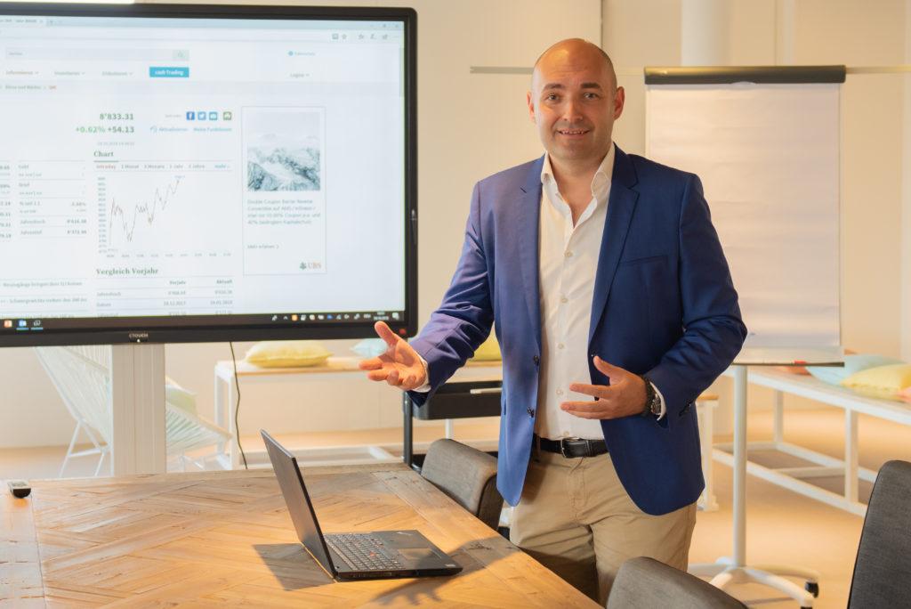 Retail Solutions Sreten Petkovic